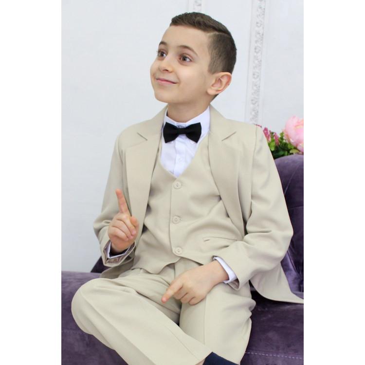 Подростковый костюм бежевого цвета