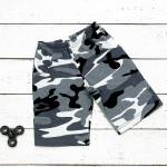 Удлиненные шорты серого военного цвета
