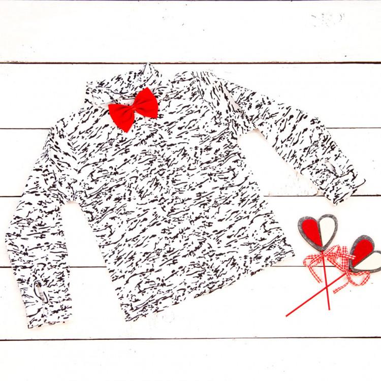 Бело-черная рубашка с бабочкой