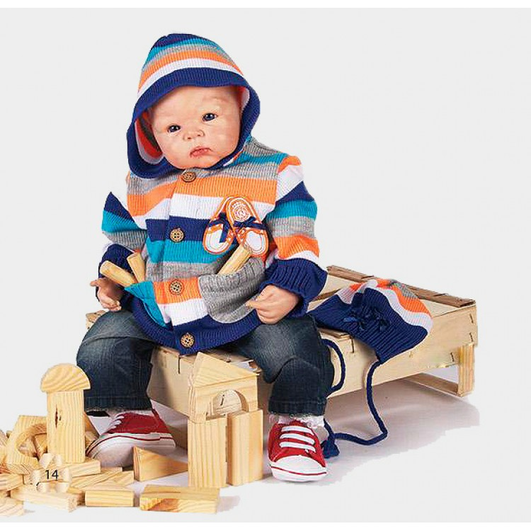 """Кофта детская с капюшоном и в комплекте с шапкой, с нашивкой """"Ботинки"""""""