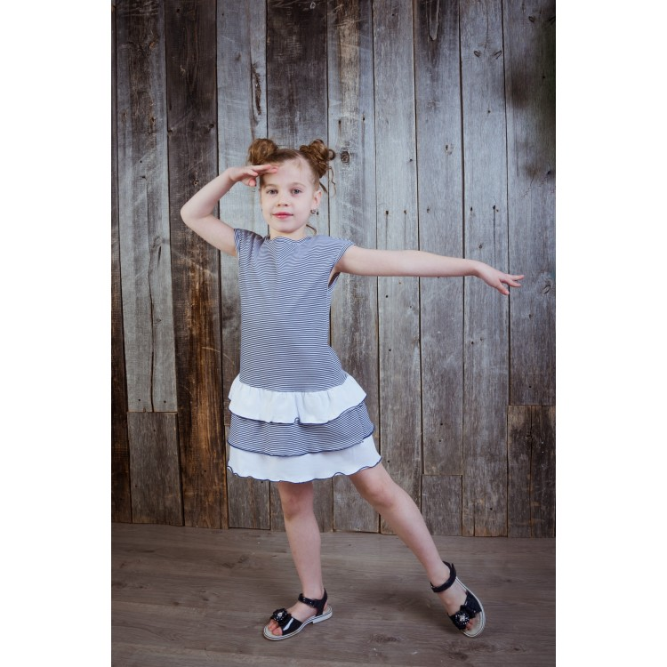 Платье с оборками снизу