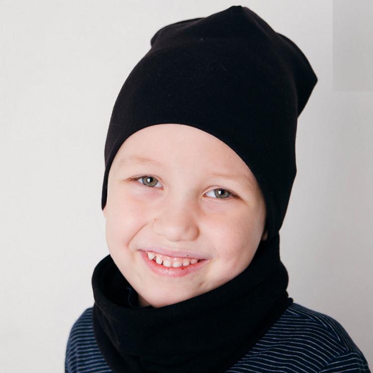 Чёрная шапка со снудом