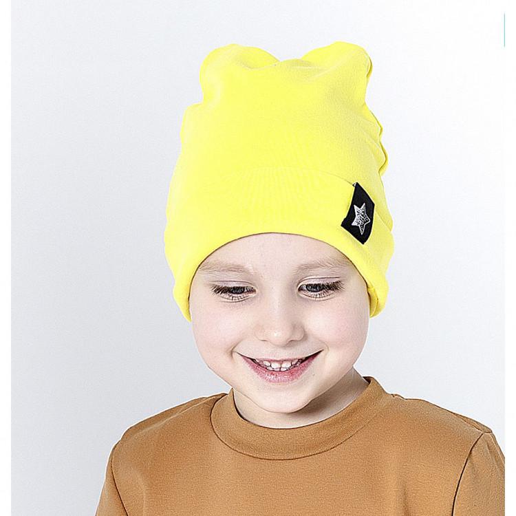 Ярко-желтая шапка с ушками
