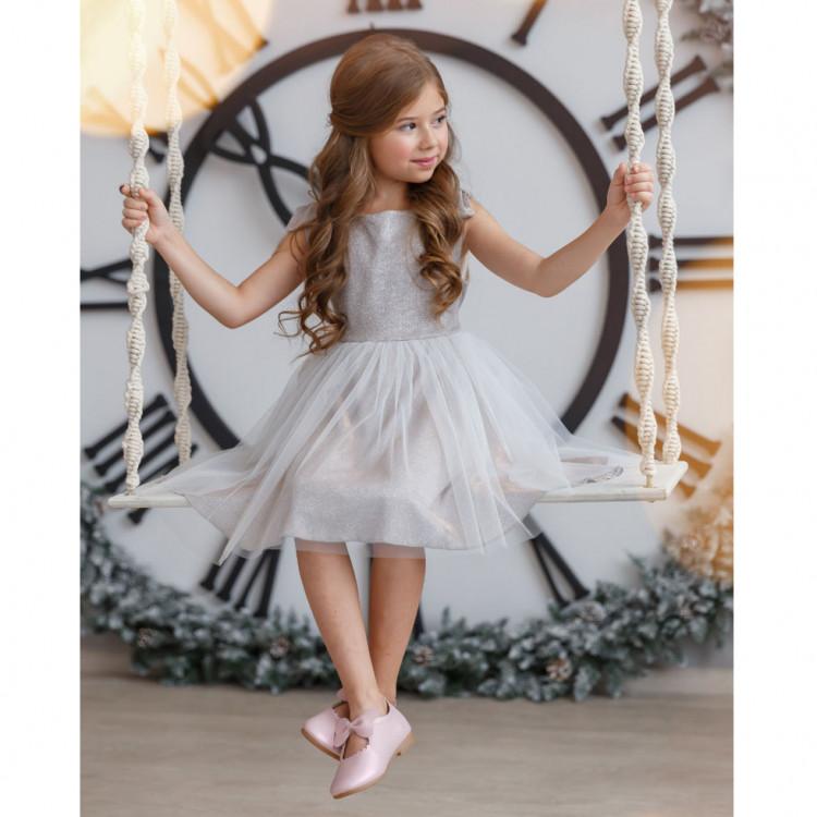 Детское платье серебристого цвета