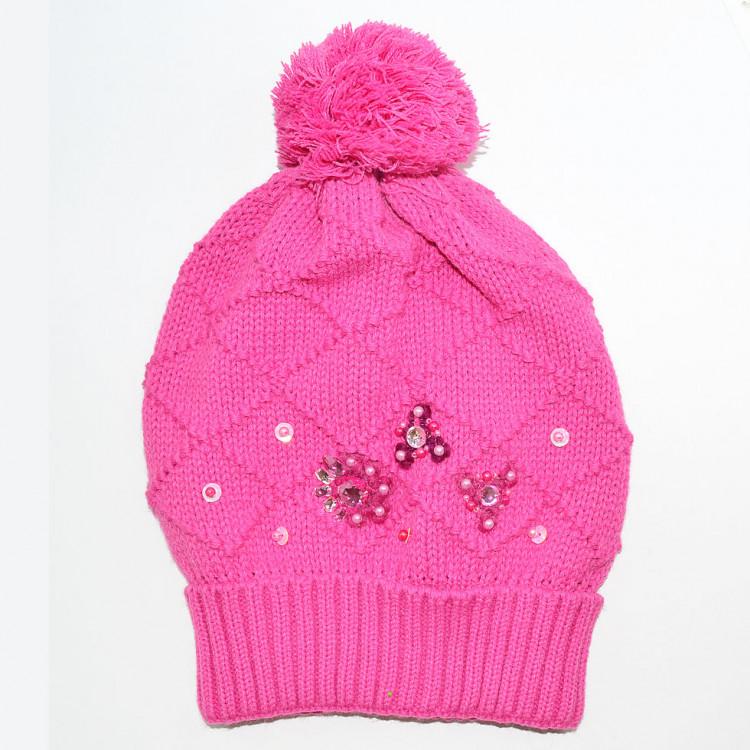 Зимняя шапка бини с декором