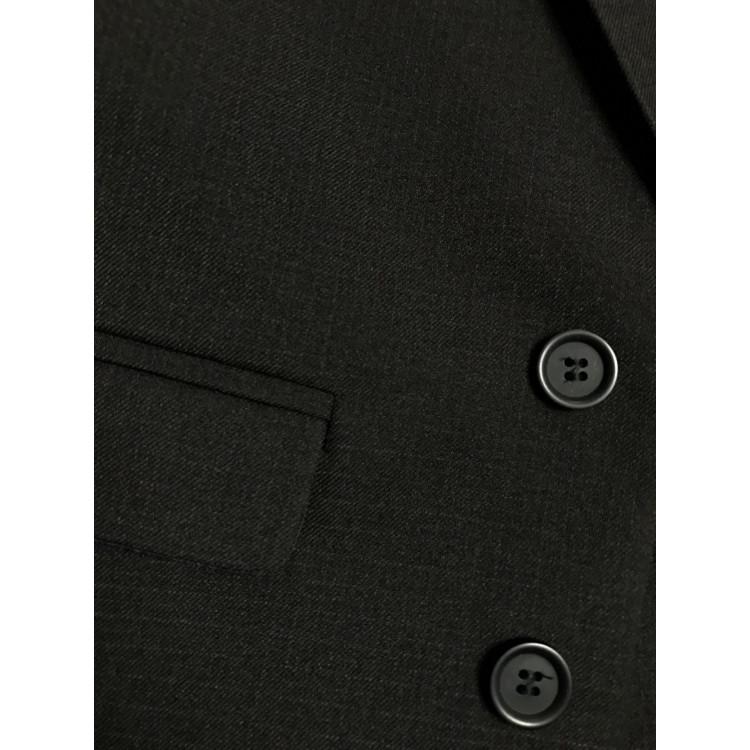 Черный костюм с жилетом