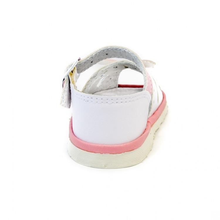 Туфли для девочки белого цвета
