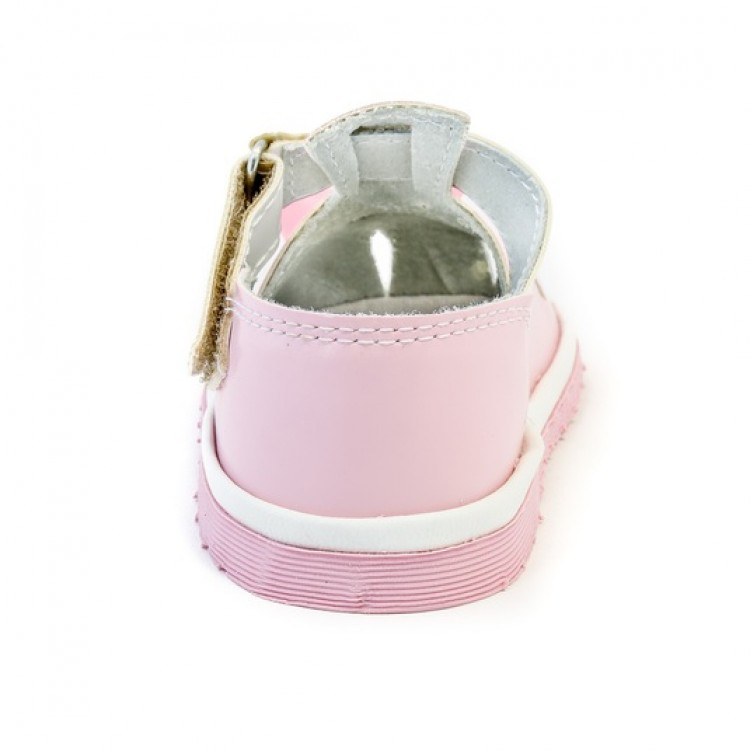 Розовые туфли с бантом для маленьких