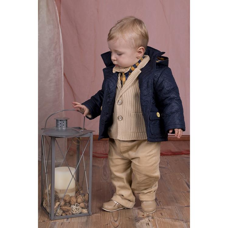 Стеганная куртка с капюшоном для мальчика